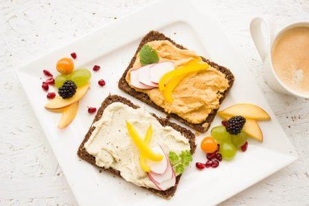 朝食に食べない方が良いものは?